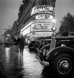"""This is your last chance to go and see """"Paris La Nuit"""" by Roger Schall at the Argentic gallery before the exhibition comes to an end. Roger Schall shot scenes of Paris at night in his own solitary way. Paris Photography, Vintage Photography, Travel Photography, Photography Magazine, Best Vacation Destinations, Best Vacations, Vintage Paris, French Vintage, Agenda Photo"""