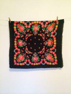 black russian shawl babushka scarf. russian shawl. by PRESENTUA