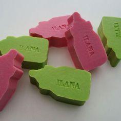 Een persoonlijk PAPFLES zeepje met een naam of datum! Vele kleuren en geuren! Informeer naar alle mogelijkheden! SNEL en VEILIG betalen