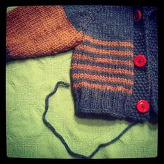 Ravelry: Denise or Denephew? pattern by Ned Renfield Baby Boy Knitting, Knitting For Kids, Baby Knitting Patterns, Free Knitting, Knitting Projects, Crochet Boys Sweater Pattern Free, Crochet For Boys, Free Pattern, Toddler Cardigan