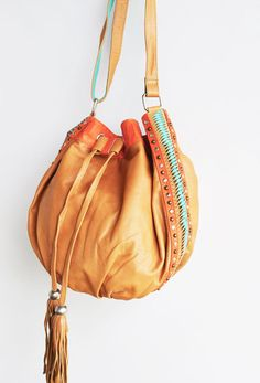 Solaire Leather Bag - Tan