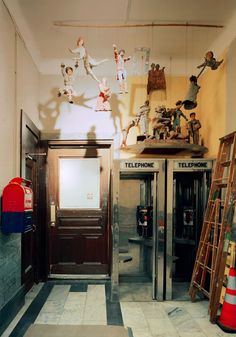 Photos: Inside the Fabled Walls of the Chelsea Hotel Interior Photo, Interior Design, Chelsea Hotel, A New York Minute, York Hotels, Hotel Interiors, Vintage Interiors, Lounge, Houses