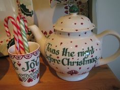 Emma Bridgewater Christmas Town Personalised Four Cup Teapot 2011