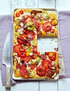 Tomatenkuchen mit Schafskäse