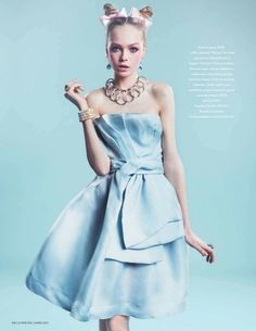 Alice in Wonderland / karen cox.  Dior (via ♥ something blue ♥ / Dior)