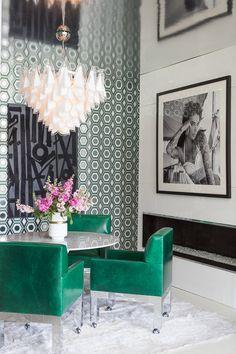 Mid-Century Palm Springs Show House — Kay Genua Designs Palm Springs Interior Design, Top Interior Designers, Plywood Furniture, Modern Furniture, Furniture Design, Estilo Hollywood Regency, Decor Inspiration, Decor Ideas, Dining Room Design