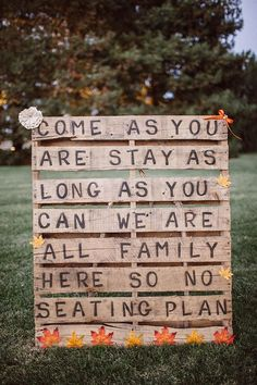 Seating for a country wedding | Found on weddingchicks.com