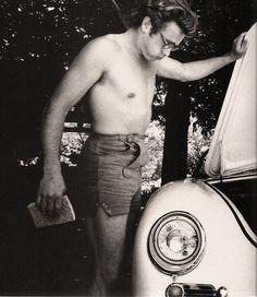 James Dean and his Porsche 356