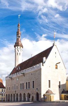 Tallinn town hall in Tallinn, Estonia | Darby Sawchuk Photographic  Estonia Photography  Zougank Eis Blog méi vill Informatioun   https://storelatina.com/estonia/travelling #एस्टोनिया #Estonya #Estland #Estlân