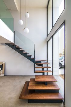 Modern Staircase Design Ideas - Search photos of modern stairs and also discover design and layout ideas to inspire your own modern staircase remodel, including special barriers and also storage space . Glass Stairs Design, Staircase Design Modern, Stair Railing Design, Home Stairs Design, Modern Stairs, Interior Stairs, Interior Design Living Room, Interior Architecture, Metal Stairs