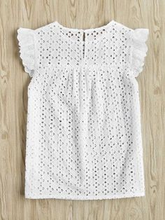 Dotfashion Buttoned Keyhole Flutter Sleeve Blouses Cap Sleeve Blouses With Ruffle Summer Eyelet Embroidered Smock Tops Casual Dresses, Casual Outfits, Fashion Dresses, Pretty Outfits, Fall Outfits, Diy Kleidung, Blouse Dress, Blouse Styles, Lace Tops