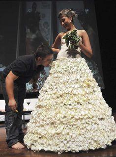 SOCORRO  VASCONCELOS: Vestido de Noiva Comestível