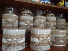 6 Burlap Mason Jar Sleeves, DIY Wedding Decorations, Rustic Wedding Decorations, Burlap and Lace Burlap Mason Jars, Painted Mason Jars, Mason Jar Crafts, Bottle Crafts, Birdhouse Craft, Gift Wraping, Tin Can Crafts, Shabby Chic Crafts, Burlap Crafts