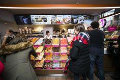 Wielkie otwarcie flagowego lokalu Dunkin' Donuts w Polsce! #swietokrzyska16 #dunkindonutspoland
