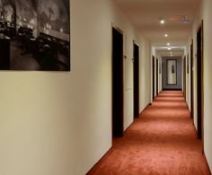 Mit Furni RENT zu neu gestalteten Gangbereichen Stairs, Home Decor, Stairway, Decoration Home, Room Decor, Staircases, Home Interior Design, Ladders, Home Decoration