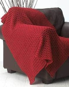 Red Crochet Afghan: free basic & simple pattern ༺✿ƬⱤღ✿༻༺✿ƬⱤღ✿༻
