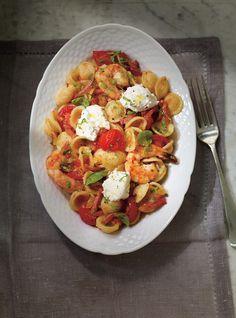 Orechiettes aux tomates fraîches, crevettes et pancetta