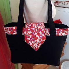 Marion Michaud sur Instagram: Nouvelle cousette avec ce sac esprit japonisant, patron Madison @patrons_sacotin , tissus @lescouponsdesaintpierre A l'intérieur: poches…