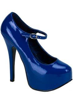 zapato de charol azul rey taco muy alto