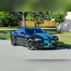 Cool Jaguars-themed car!