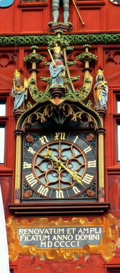 Basel town hall clock in Switzerland Old Clocks, Antique Clocks, Cuckoo Clocks, Vintage Clocks, Town Hall, Tick Tock Clock, Europe Centrale, Somewhere In Time, Time Clock