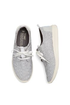 Stitch Fix Spring Shoes: Lace-Up Sneakers WOMEN'S ATHLETIC & FASHION SNEAKERS amzn.to/2kR9jl3