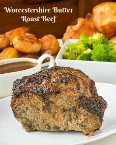 Worcestershire Butter Roast Beef. A beautiful roast of beef seasoned with Worcestershire sauce, garlic and thyme butter which gets marinated overnight for maximum flavour! #sundaysupper #sundaydinner #roastdinner #beefroast