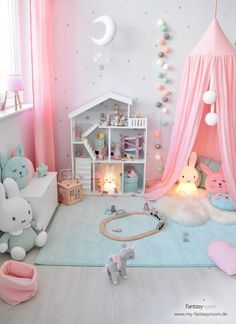 Rosa & Mint: a dream combination for girl& room! - Melissa Pujols Rosa & Mint: a dream combination for girl& room! Girl Bedroom Designs, Baby Room Design, Baby Room Decor, Nursery Room, Toddler Room Decor, Little Girl Bedrooms, Big Girl Rooms, Girls Bedroom, Girl Toddler Bedroom