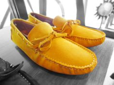 靴《イエロー》