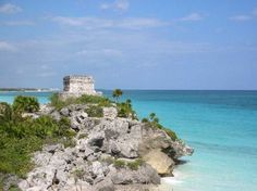 Caribbean-facing Mayan ruins in Tulum, Mexico