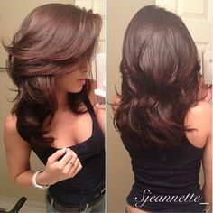 Pretty Women's Layered Hair Cuts Hairstyles Ideas to Looks More Cool Medium Hair Styles, Short Hair Styles, Long Hair Short Layers, Layered Haircuts For Long Hair, Long Bangs, Long Layered Hair With Side Bangs, Layered Cuts, Medium Length Hair Cuts With Layers, Wavy Haircuts