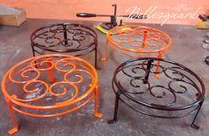 Wrought Iron Decor, Wrought Iron Gates, Iron Furniture, Steel Furniture, Indian Home Decor, Diy Home Decor, Metal Plant Stand, Tableau Design, Modern Kitchen Interiors