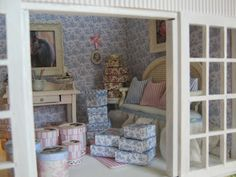 Welcome : Boxes shop.  1 / 12th SCALE DOLLS HOUSE MINIATURES .. DOLLHOUSE,   Wyrna Christensen design