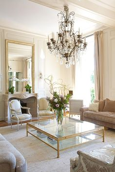 40 Exquisite Parisian Chic Interior Design Ideas | Parisian chic ...