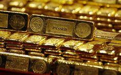 الذهب يتراجع مع صعود الدولار بفعل بيانات أمريكية من : محمود جمال مباشر: تراجعت أسعار الذهب يوم الثلاثاء مع ارتفاع الدولار بعد بيانات اقتصادية أمريكية قوية وتعليقات من مسؤولين في البنك المركزي عززت التوقعات بأن الاحتياطي الفيدرالي قد يرفع أسعار الفائدة قريبا. وبحلول الساعة 4:18 بتوقيت جرينتش تراجع السعر الفوري للذهب 0.03% إلى 1309.70 دولار للأوقية (الأونصة). وتراجعت عقود المعدن الأصفر الأمريكية 0.02% لتسجل 1312.50 دولار. وهبطت الفضة أكثر من واحد بالمئة في المعاملات الفورية 0.033% إلى 18.863…