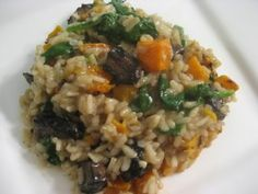 Roasted Butternut Squash Risotto with Mushrooms and Spinach, Use: Vegan butter, vegetable or mushroom broth and substitute or omit cheese