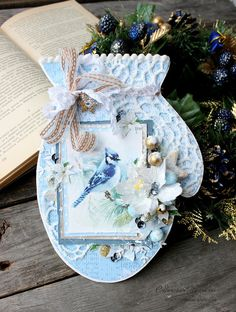 Christmas Cards, Christmas Decorations, Table Decorations, Mixed Media Scrapbooking, Card Making Inspiration, Christmas Projects, Shabby Chic Decor, Paper Crafts, Winter