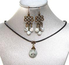 Natural Gemstone Kiwi Jasper Round Pendant Necklace Protection Healing USA #Handmade #RoundPendant18mm #Healing #Protection #Love #Luck