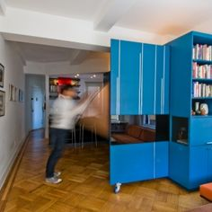 Unfolding Apartment / Normal Projects