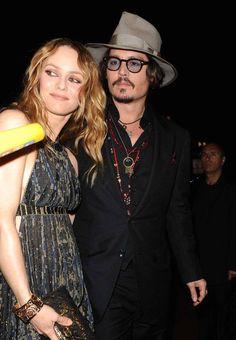 Vanessa Paradis et Johnny Depp                                                                                                                                                      Plus