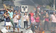 Ex-funcionários da Prol protestam em Diadema