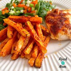 Slimming World syn free sweet potato fries Slimming World Dinners, Slimming World Recipes Syn Free, Sweet Potato Chips, Sweet Potato Recipes, Beef Recipes, Cooking Recipes, Healthy Recipes, Paleo Ideas, Losing Weight