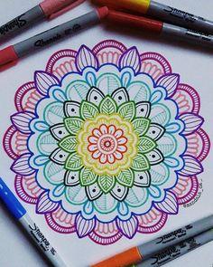 Image may contain: drawing Easy Mandala Drawing, Mandala Art Lesson, Mandala Doodle, Doodle Art Drawing, Simple Mandala, Mandalas Drawing, Mandala Painting, Zen Doodle, Drawing Ideas