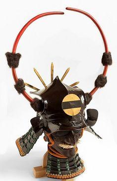 Kabuto. Samurai Helmet, Samurai Weapons, Samurai Swords, Japanese Warrior, Japanese Sword, Japanese History, Japanese Art, Chinese Armor, Art Japonais