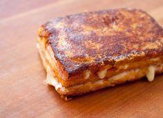 Classic Monte Cristo Sandwich - Macheesmo