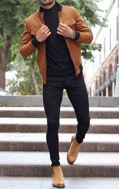 Moda Masculina Inverno What a great Fall men's outfit! Brown leather jacket, brown boots and black j Winter Outfits Men, Stylish Mens Outfits, Casual Fall Outfits, Men Casual, Stylish Clothes For Men, Outfits For Men, Stylish Men Over 50, Casual Shoes, Summer Outfits