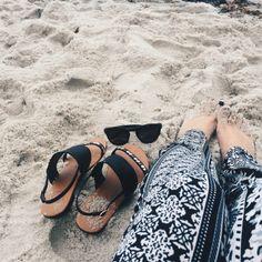 beach livin' PINTEREST// abbiepitre