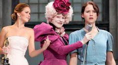 Jennifer Lawrence Flips Off Herself