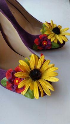 Pretty custom sunflower alternative wedding shoes created by reiveme boutique.
