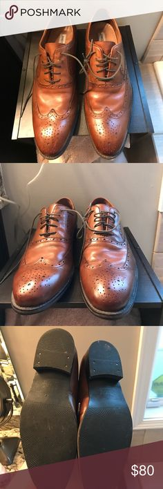 Johnston & Murphy wingtip dress shoes Very gently worn. Wingtip shoes that you can wear with jeans or suit. Johnston & Murphy Shoes Loafers & Slip-Ons